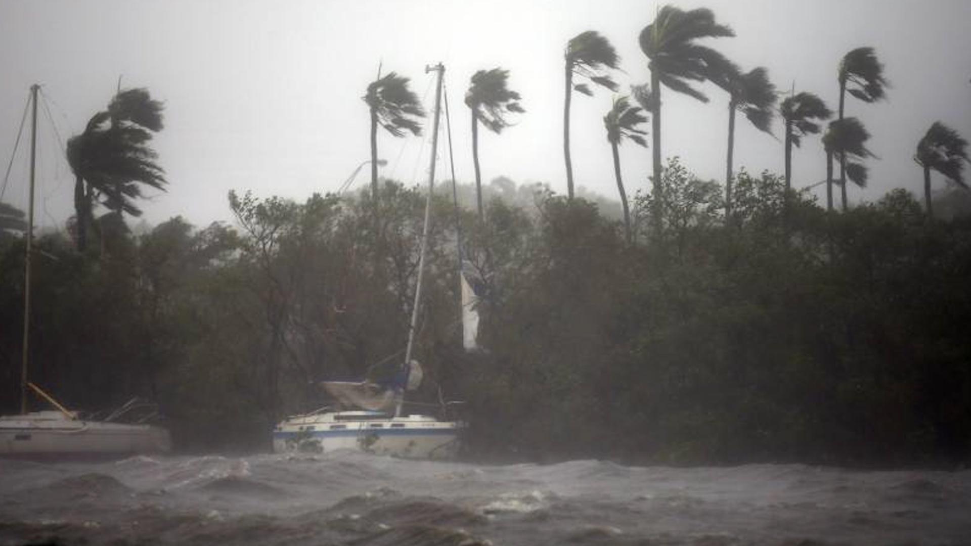 El huracán Irma golpea la costa de Florida